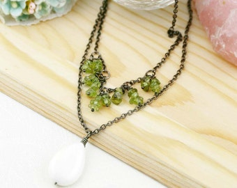 Patience and mindfulness double necklaces - peridot and mother of pearl drop