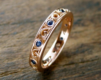 Blue Sapphire Wedding Ring in 18K Rose Gold with Fine Floral Scroll Pattern Size 5