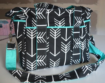 NEW Black an White Arrow Nappy Bag with Insulated Bottle Pockets on Side