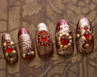 Handmade designer press on nails from girly by nevertoomuchglitter red and gold india style press on nails indian wedding nails mehndi henna nails prinsesfo Choice Image