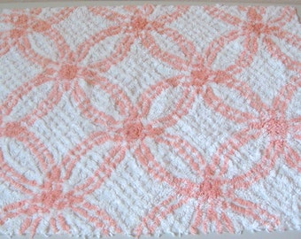 Peach Blush and White Plush Wedding Ring Vintage Cotton Chenille Bedspread Fabric 18 x 24 Inches