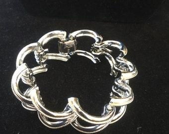 Vintage Coro Pegasus Chunky Link Bracelet