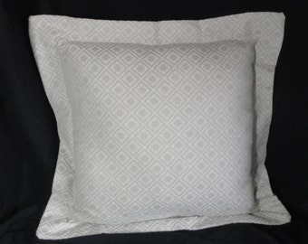 """Gray, silver pillow, flange, diamond shapes with flowers, 18"""" with insert, neutral cushion 45 cm"""