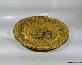 Vintage Brass ship wall Decorative Plate - Schooner Sailing Ship – Three Masts Sails – Made in England