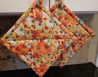 Harvest Pumpkin Patch Quilted Potholder Set