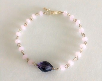 Baby pink czech friendship bracelet. Pink bracelet for bridesmaids.