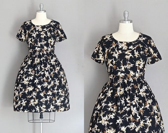 vintage 1950s dress • galaxy burst • day  dress • day 50s dress