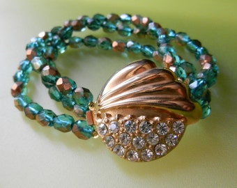 1960s  Czech lovely Teal emerald crystal with highlights of gold in triple strands bracelet-Amazing  clasp for a charming  jewel-Art.883/3-