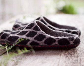 Felted grey slippers snake texture women home shoes checkered men woolen clogs black ornament red tread Christmas gift - handmade to order