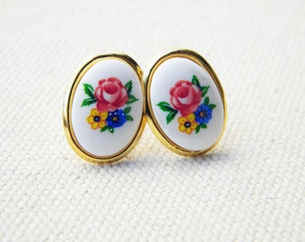 CLEARANCE Vintage style flower cameo, gold, stud earrings
