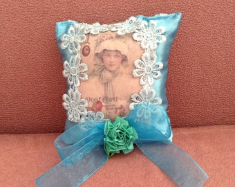 6 inch sachet with image of Victorian Girl