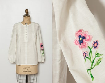 vintage 1970s tunic blouse embroidered flower ivory pintuck top