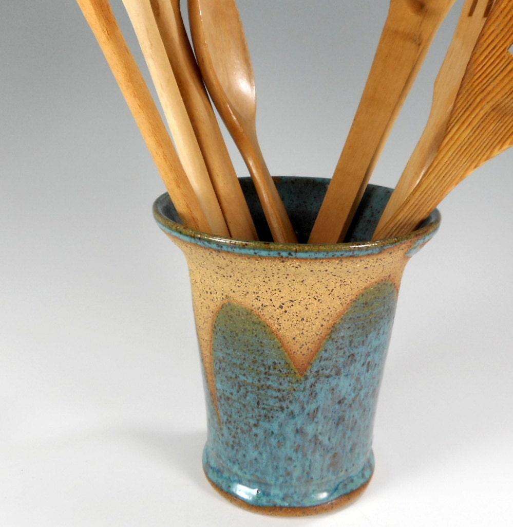 Pottery utensil holder kitchen utensil holder ceramic for Kitchen utensil holder