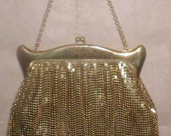Vintage 1930's WHITING and DAVIS Gold Metal-Mesh Evening Purse