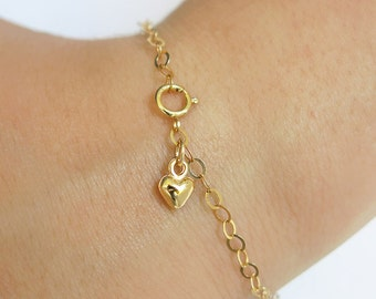 heart bracelet, gold bracelet, gold heart bracelet,thin bracelet,tiny bracelet,chain bracelet, layering bracelet,dainty bracelet,gold filled