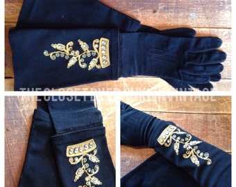 Fab embellished Tailored Wrist Gloves