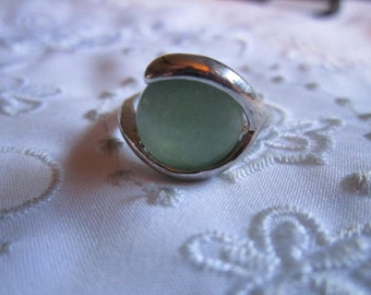Vintage Silver Tone Faux Pale Jade Ring