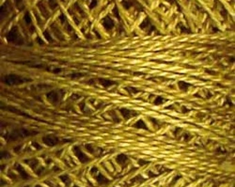 Size 8, O153, Valdani Perle Cotton, Golden Moss