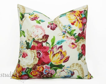 Modern Floral Pillow Cover - You pick the size - from 16 to 26 inches - Decorative pillow - Spring - blossom - rose - made to order