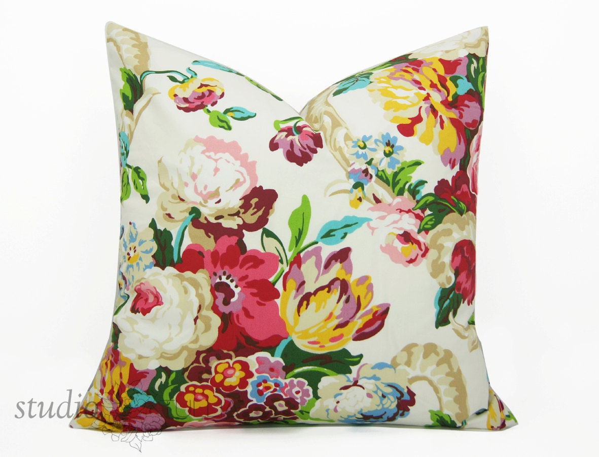 Modern Floral Pillows : Modern Floral Pillow Cover You pick the size from 16 to 26
