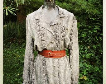 80s Animal Print Shirtwaist Dress             International Shipping
