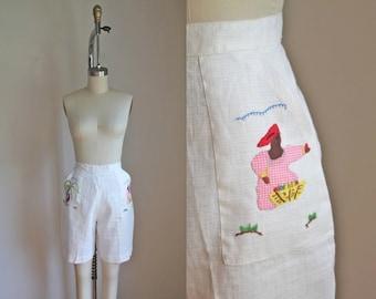 50% OFF...last call // vintage 1950s/60s shorts - COCONUT FARMERS applique cream bermuda shorts  / M