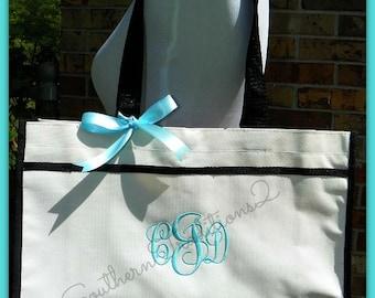 Set of 4 Monogram Bridal Party Tote Bags - Beach Bag Tote