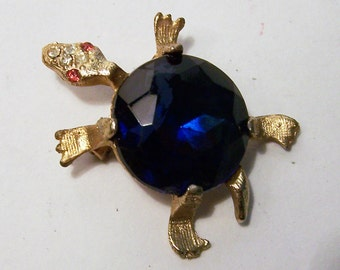 Vintage Faceted Jelly Belly Turtle Rhinestone Pin Figural Animal Brooch Mid Century Jewelry 815DG