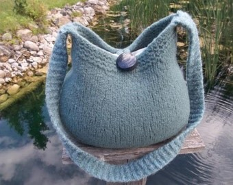 11-1054 handknit felted wool purse tote handbag f.s.