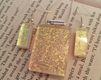 Dichroic glass, dichroic glass jewelry, handmade dichroic glass, dichroic glass pendant and earring set, fused glass jewelry, fused glass