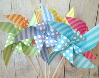 Paper Pinwheels Set of 24 Polka Dot Favors Birthday Party Favors Baby Shower Favors Birthday Decoration Table Centerpiece Wedding Favors