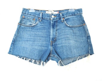 90's Levi's 501 High Rise Denim Shorts size - L - waist 32""