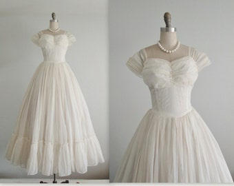 40's Wedding Gown // Vintage 1940's Flocked Swiss Dot Ruched Wedding Dress Fantasy Gown S