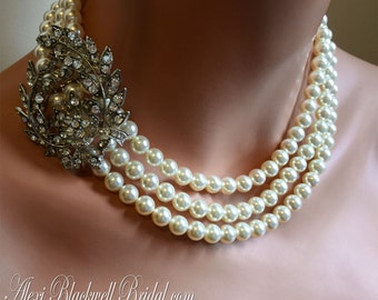 Pearl Brooch Necklace Set 3 strands Swarovski pearls in Cream Ivory with rhinestone brooch on the side bridal wedding jewelry sets