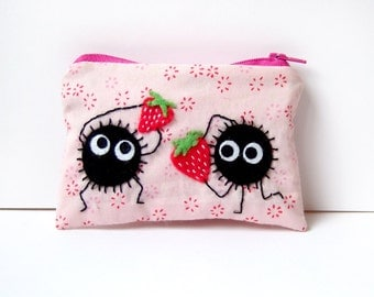 Soot sprite (kurosuke) pouch / coin purse, wallet from my neighbor Totoro / spirited away pink fabric Holding strawberries!