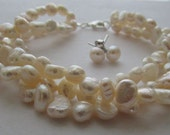 Set of Pearl, Pearl Earrings,Pearl Bracelet,White Pearl,Gift,Bridesmaid Gift,White Fresh Water, White Pearl Bracelet