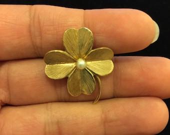 RARE Vintage Signed Alice Caviness 4 Leaf Clover Brooch Pin