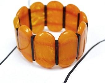 Vintage BAKELITE Bracelet - Swirled Butterscotch Stretchy