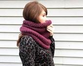 Chunky Knit Neckwarmer / Hand Knit Cowl / Snood / Winter Scarf / Fall Cowl / Hand Knit Scarf / Womens Scarf / Purple Cowl / Fall Fashion