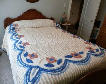 "Antique Pristine Plush Heavy Chenille Bedspread Blue and Salmon Flowers White Scallops 92"" x 104"""