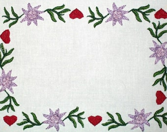 Edelweiss Hearts floral embroidered quilt label, to customize with your personal message