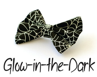 Halloween GLOW in the DARK Spider Web Hair Bow Vintage Inspired Hair Clip Rockabilly Pin up Teen Woman