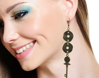 Antiqued Brass Links and Keys Charms 4 inches Long Dangling Earrings, ER-0191