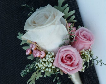 Wedding Boutonniere - TIMLES CLSSIC, Groom's boutonniere, Wedding flowers, Wedding accessories, Preserved flowers, Wedding decorations