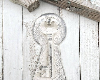 Door Knocker / Rustic Cast Iron /  Cottage Inspired Old Fashioned - Shabby Chic White - Front Door Knocker - Metal Wall Decor - Patio Decor