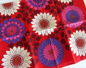 Colorful Dahlia Linen Tea Towel from Ireland, Red Purple & White