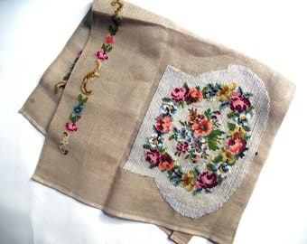 Vintage Petite Pointe-Needlepoint Sewing Project - Tapestery Purse