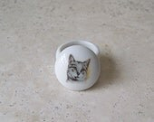 Vintage Tiny Porcelain Trinket Box Cat Image Pill Box 1990s