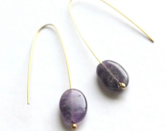 oval amethyst and gold earrings- wire earrings- purple dangle earrings- simple earrings minimal style- elegant women wear- all day jewelry