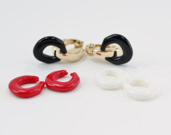 Vintage 1981 Signed Avon Convertible Fashion IV Goldtone Red White Black Nautical Hoop Clip On Earrings Original Box NIB